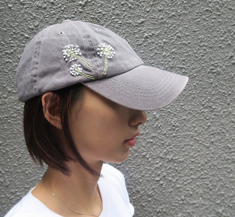 Hand embroidery cap