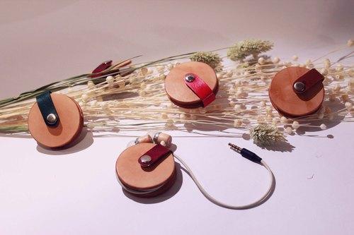 皮在癢-車輪餅耳機集線器.植鞣革.手作(四款顏色)