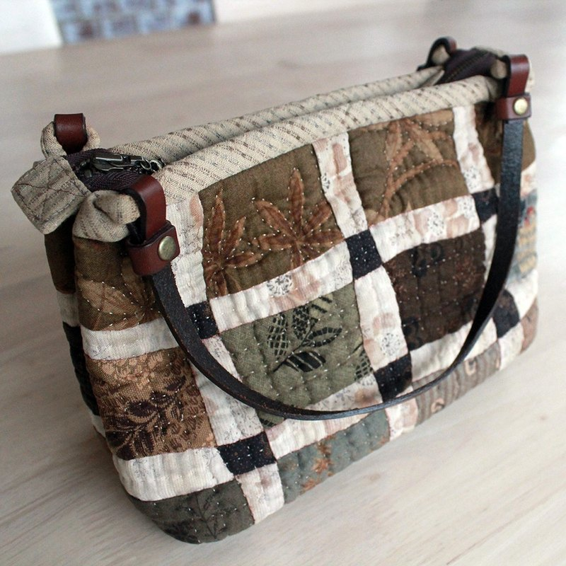 [May x] Classic Patchwork handbag - simple grass