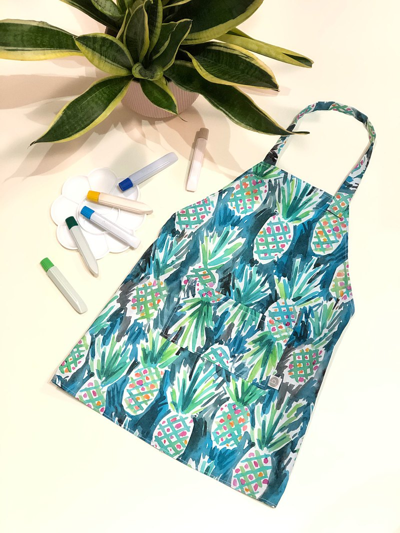 Children's summer pineapple pattern US certified organic cotton apron can be ordered with your own pattern