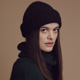 Mohair Ribbed Fisherman s Beanie in Black
