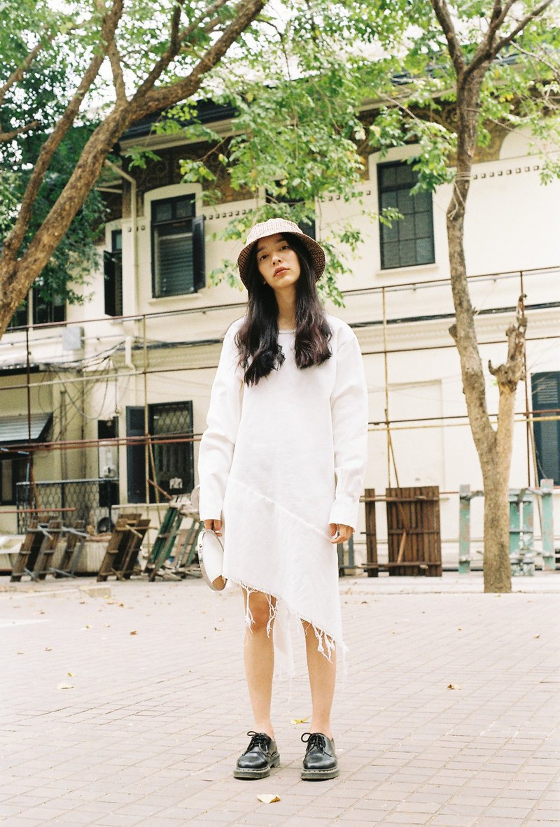 Asymmetric Dress (white)