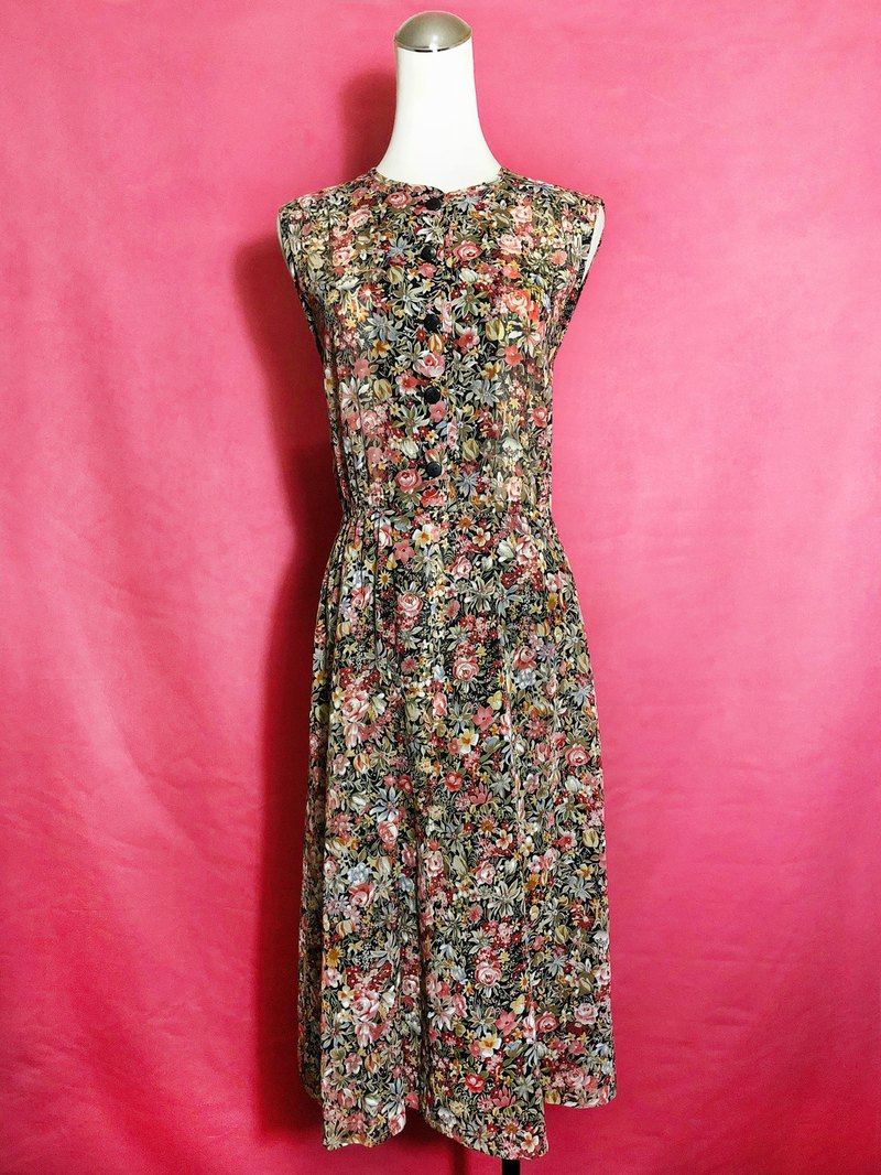 Floral cotton sleeveless vintage dress / brought back to VINTAGE abroad
