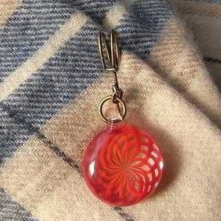 Geometric pattern Brooch Dahlia Red Glass Handmade
