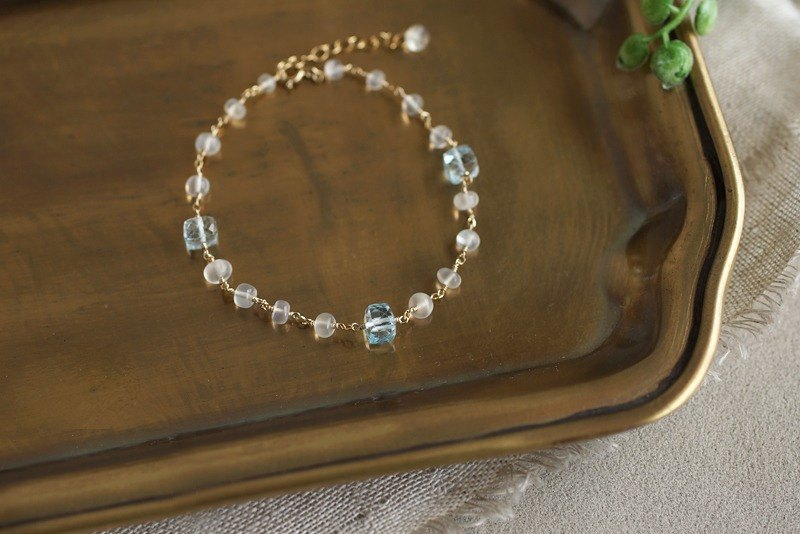 14 kgf - gentle azure color bracelet