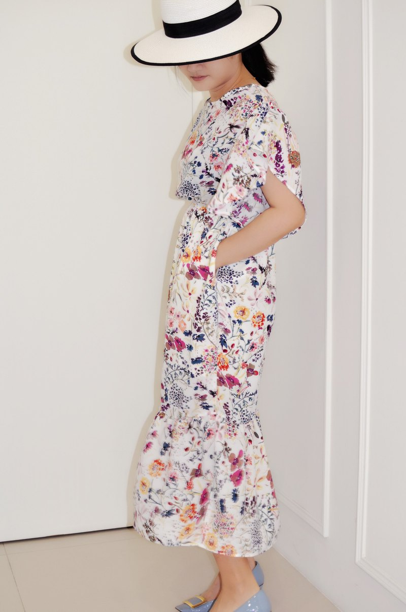 Flat 135X Taiwan designer series wave sleeve dress white floral chiffon cloth with pocket