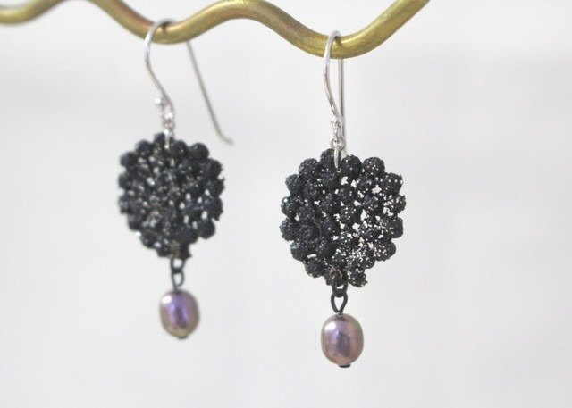 Lacquer lace earrings Earrings 1