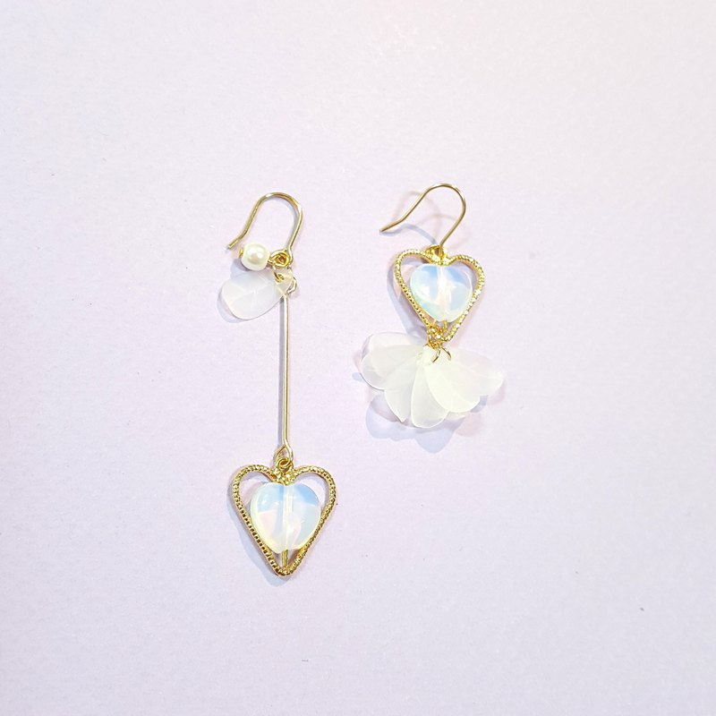 Flower God Sprinkle Series - Love Opal (Gold) Ear/Ear clip Handmade Earrings Korea Direct