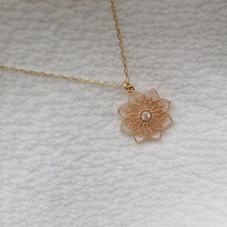 Delicate flower diamond necklace