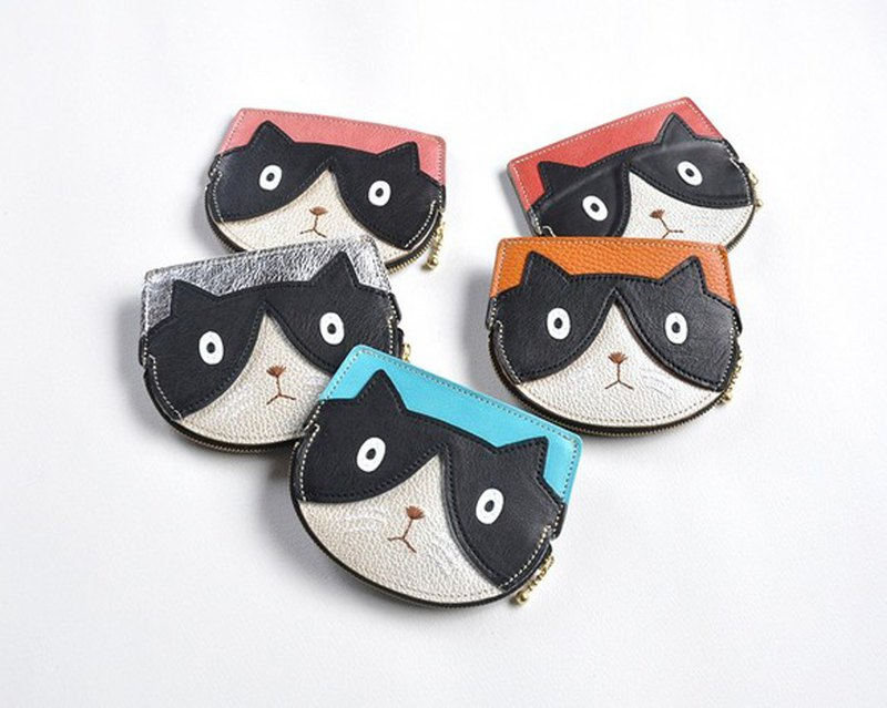 Compact black and white cat wallet