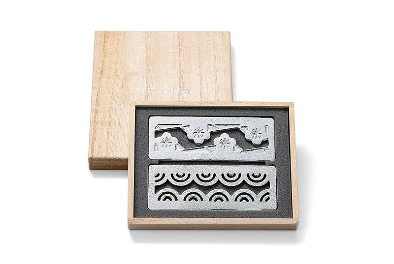 Auspicious pattern chopstick rest set-two into