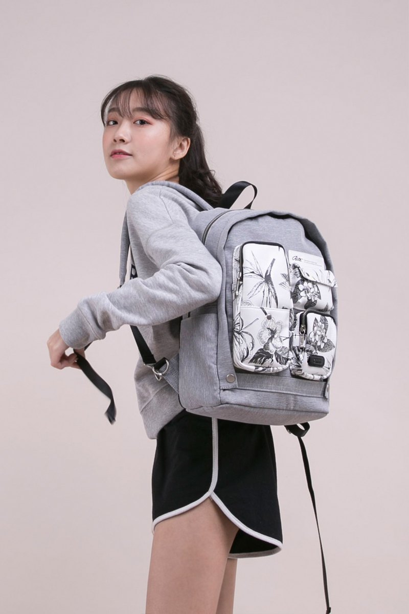 [Chinese Valentine's Day gift 88% off] 2018 twin series - fantasy scarecrow bag - stitching flowers and birds
