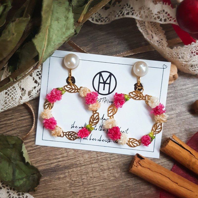 -Mery Mery-Winter Praise--Wreath without flower earrings