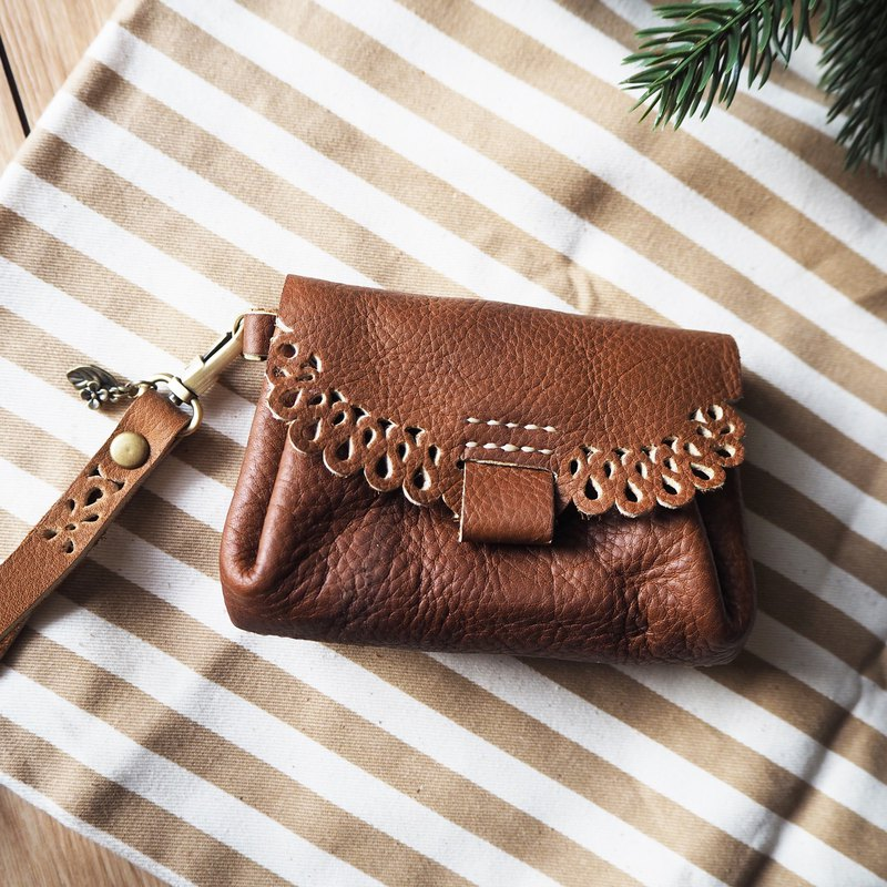 Leather pouch bag - lace