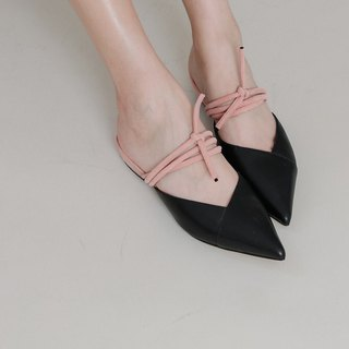 Staggered strappy pointed sandals and black powder
