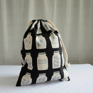 Lovely Japanese cotton and linen [black jar TN notepad pocket book pocket] can be loaded with long clips with lining