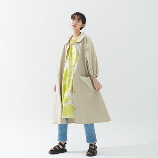 Beige cotton and linen wrinkle material long coat