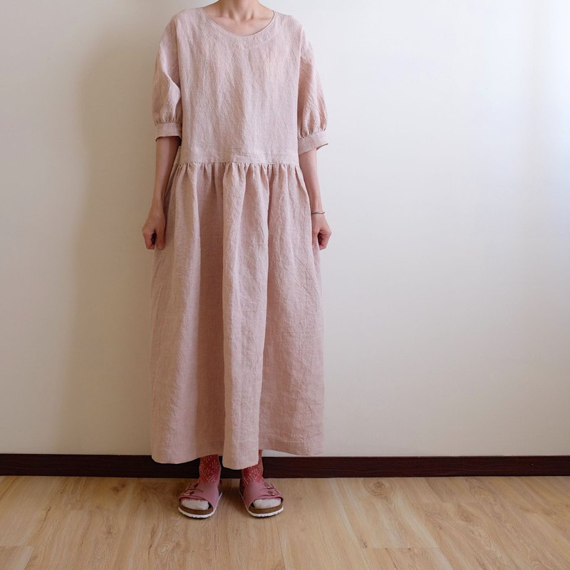Daily hand made clothes, walking garden, gray cherry, seven points, fluffy sleeves, long dress, washed linen