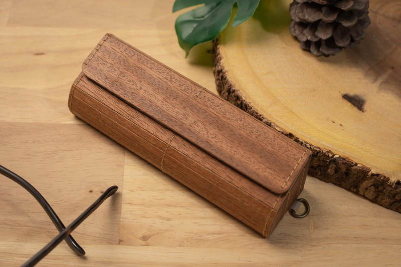 Prow Natural Wood Veneer Eyeglass/Sunglasses Case, Mahogany
