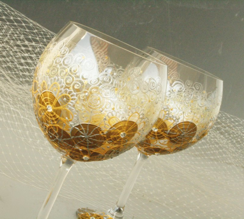 Balloon Crystal Wine Glasses, Gold  Glasses, Hand Painted Set of 2