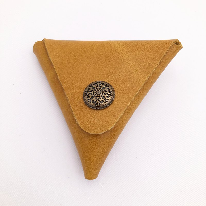 Leather triangle coin purse can be opened on both sides
