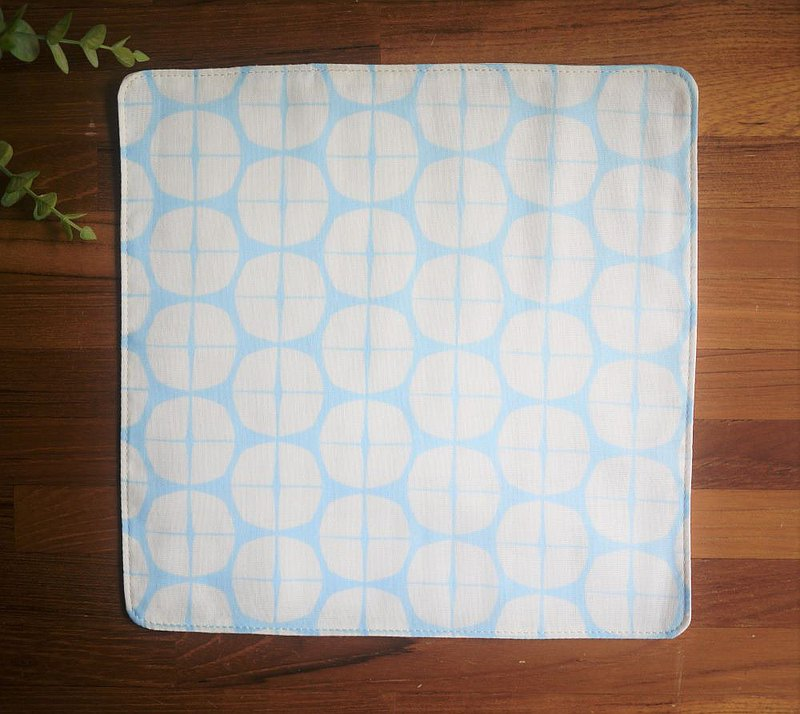 Japanese double yarn handkerchief = quarter = clear sky blue