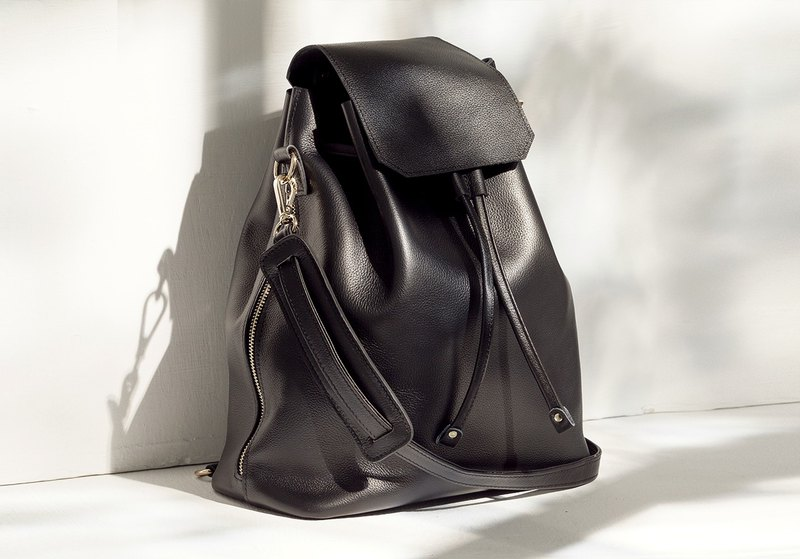 Lilian First Layer Cowhide Backpack (Without Internal Bag) [Black]