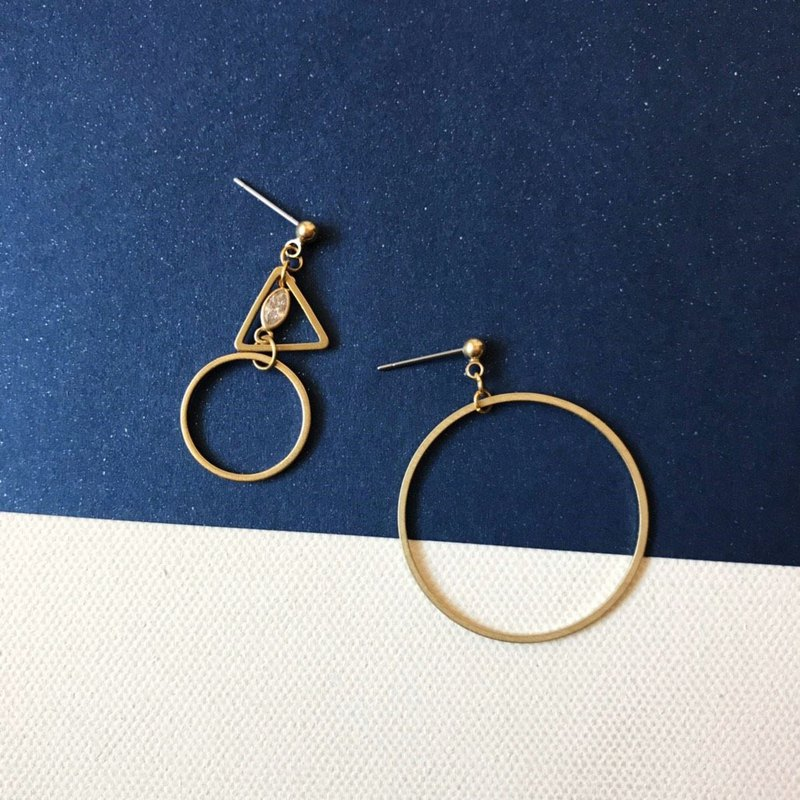 Brass earrings_Tricycle (can be changed)
