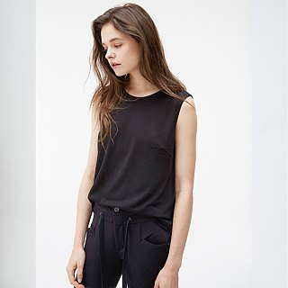 Comfortable Sleeveless Top - Black