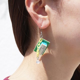 【P-63】Electronic parts pierced earrings/looks like a toy/components/yello chains