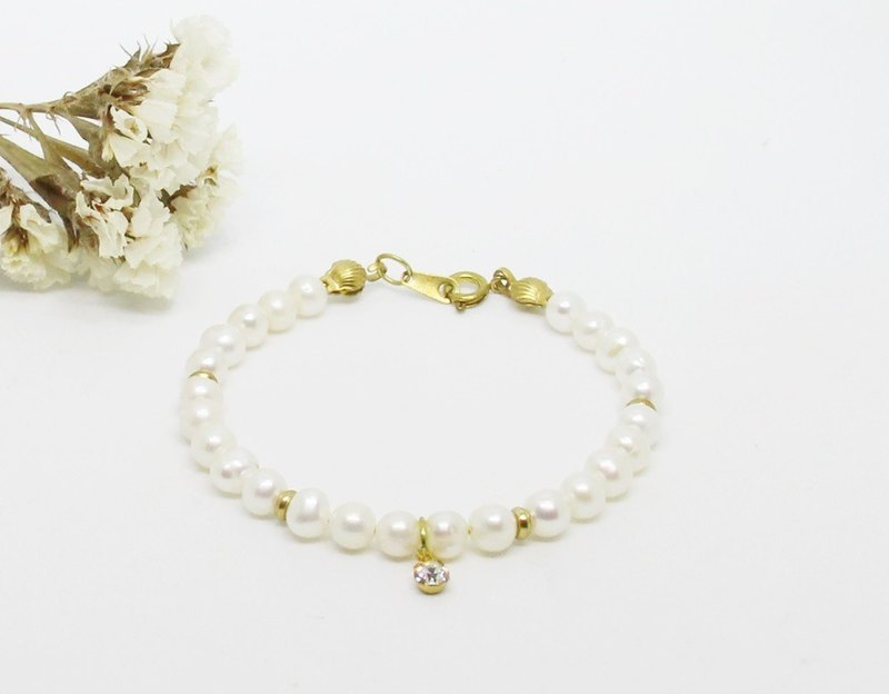 <Eternity> Natural Pearl Brass Bracelet Light Jewels Mother's Day Valentine's Day Birthday Gift Anniversary Party Party Exchange Gift Christmas