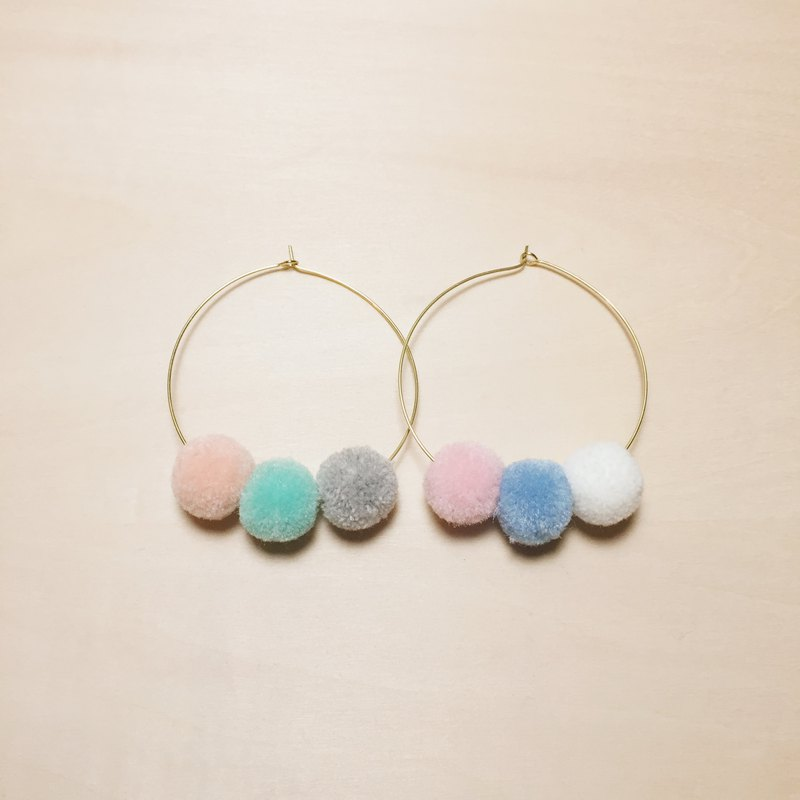 Retro candy color fur ball big earrings