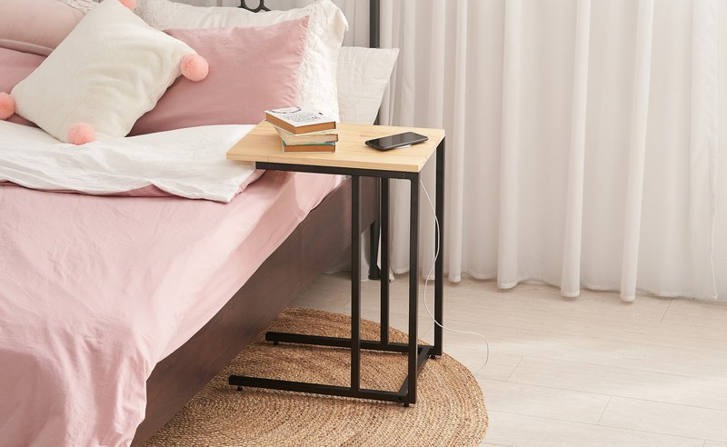 [Qi wireless charging side table] Contains wireless charging of mobile phone + fast charging head + USB cable