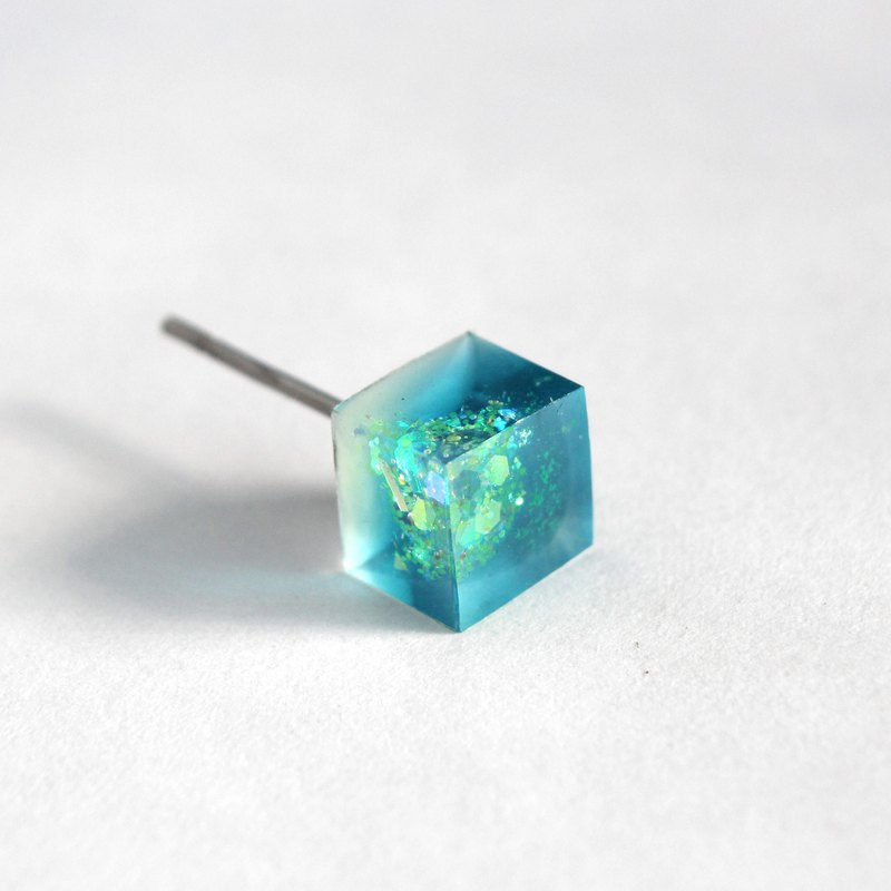 Sun, Sky, and Wind / Resin Earrings - Single Stud