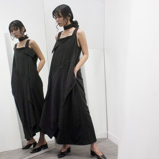 Shoulder collar cut long dress