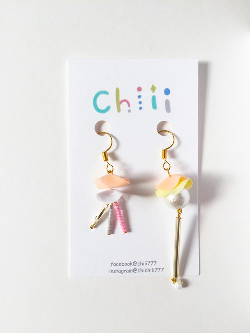 Jellyfish ate pearl clip / pin earrings