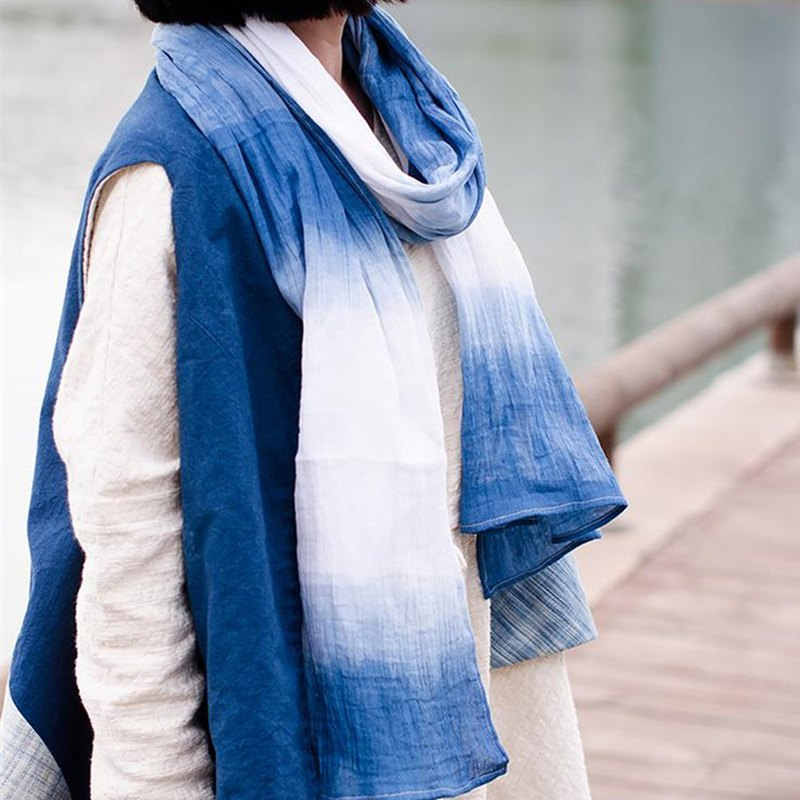 Classic cotton plant dyed scarf - reflection natural environmental protection