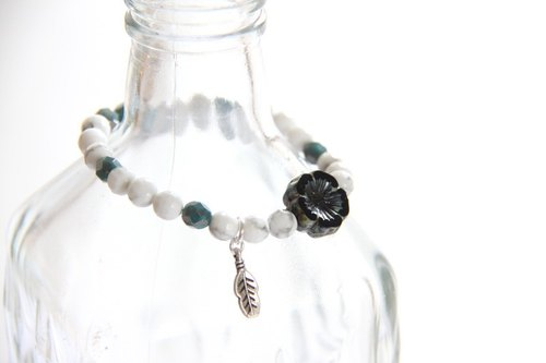 Fashionable Energy Jewels Collection - White Stone Handmade Glass Beads Bracelets / Howlite & Black Picasso Czech flower beads bracelet