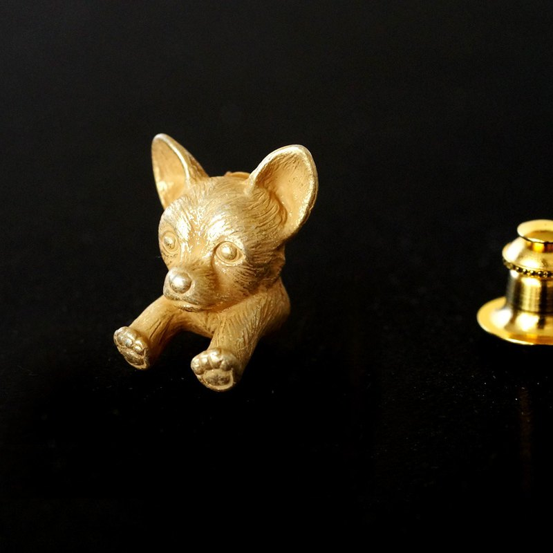 Chihuahua dog pin brooch brass