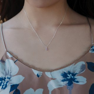 By chance - silver necklace / pale pink