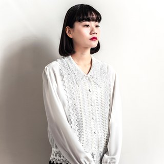 Vintage white lace carved vintage shirt