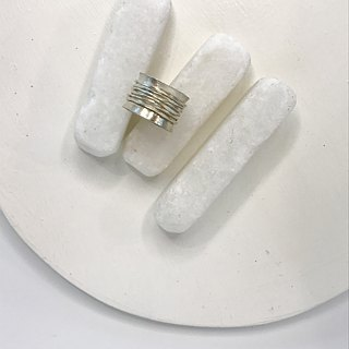 Handmade Ring with Hammered Silver Wire on a cylindrical base (R0006)