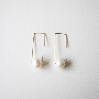 Pearl pierce 14kgf Pearl Earrings
