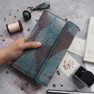 Handmade leather notebook cover / book cover / book / book cover Italian army green camouflage vegetable tanned leather customized