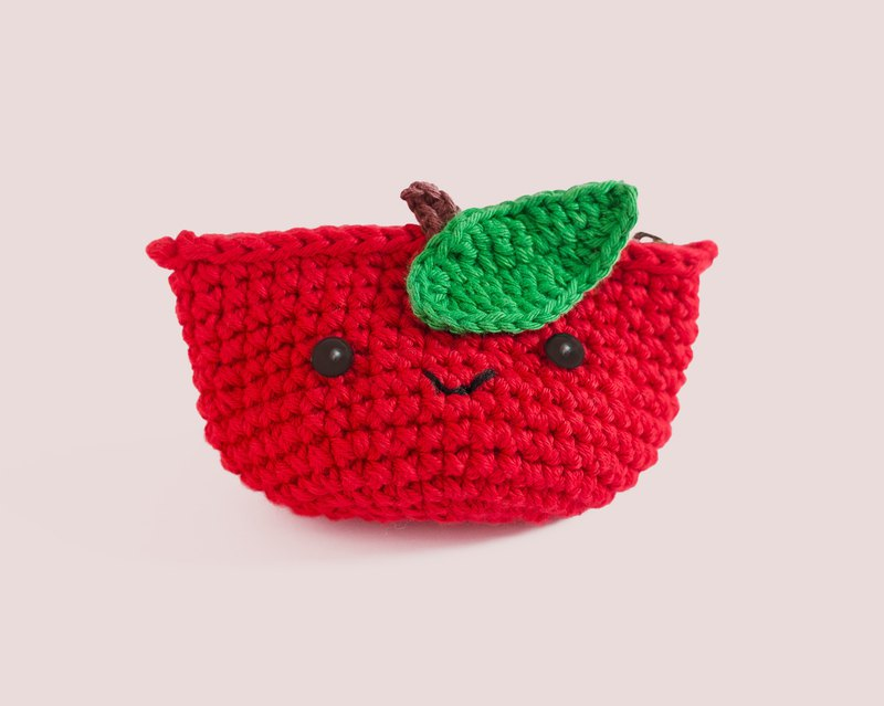 Coin purse - Crochet the Red Apple.