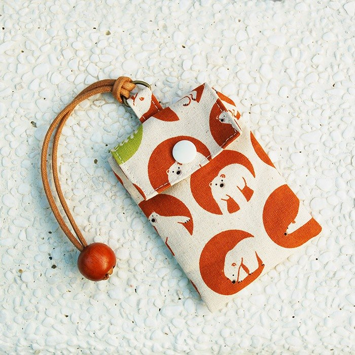 Close-up polar bear card bag / card holder business card bag