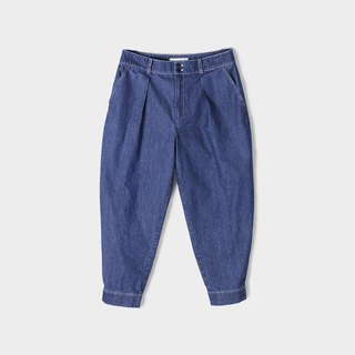 Cotton denim back buttoning pants