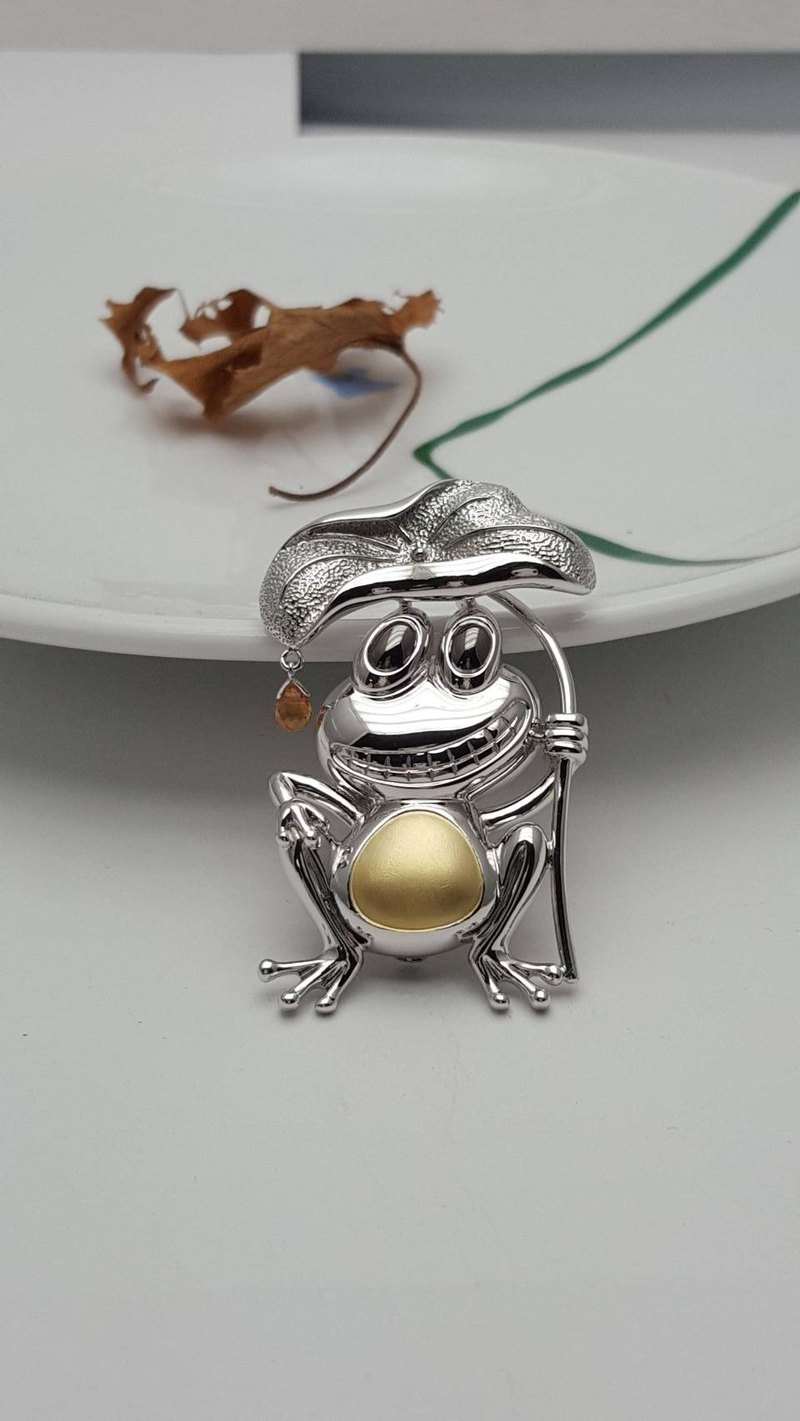 Hongsheng lotus leaf frog pins and prickly heat dual purpose