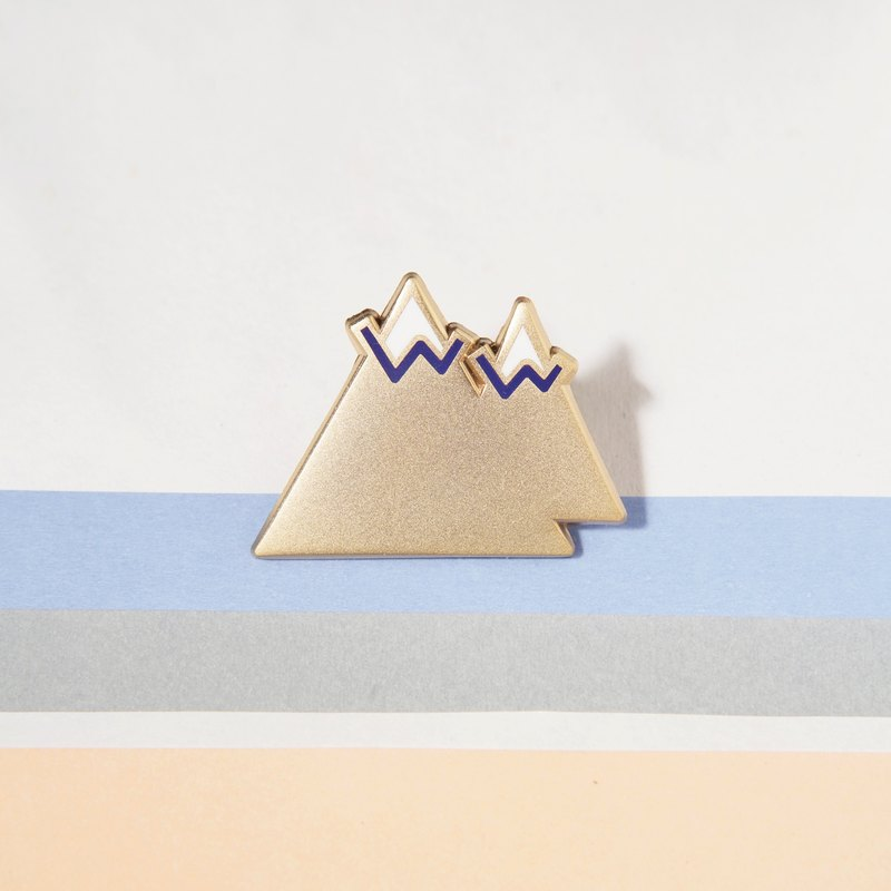 TWIN MOUNTAIN PIN