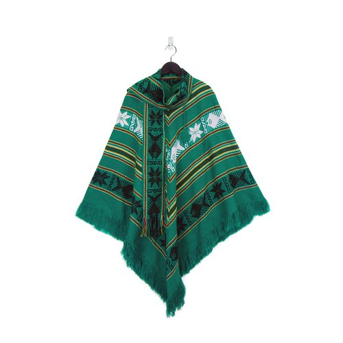 A‧PRANK: DOLLY :: vintage VINTAGE grass green Indian exam totem tassel cloak blouse (T712044)